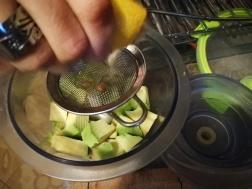 Avokado i sok od limuna