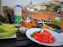 Doručak na terasi...