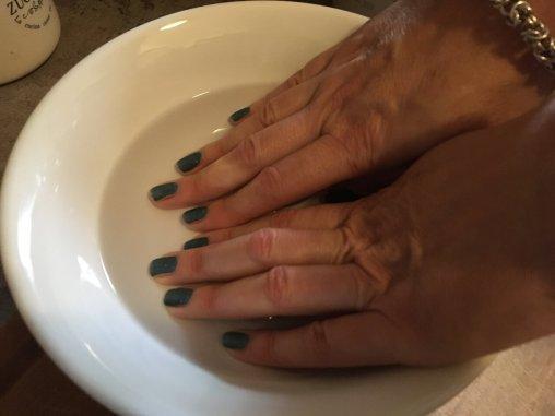Ruke često potapajte u vodu